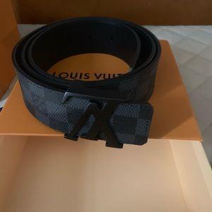 0c21f334f0d2 Louis Vuitton Belts for Men
